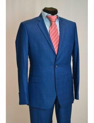 Пиджак синего цвета