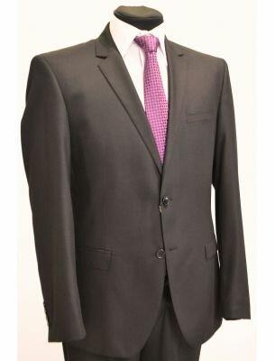 Классический костюм черного цвета